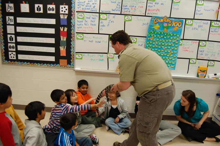 reptilia educator teaching elementary school programs